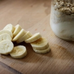 Banilla Crunch Oatmeal Yogurt Parfait