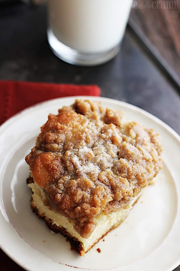 Good Morning Crumb Cake - Creme De La Crumb