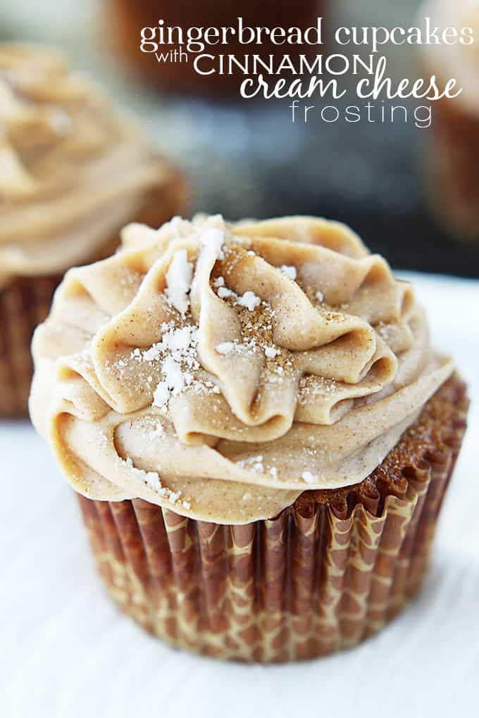 Gingerbread Cupcakes with Cinnamon Cream Cheese Frosting - Creme de la ...