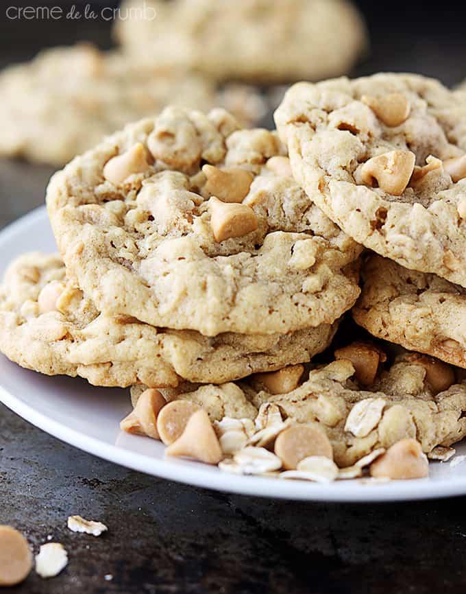 Peanut Butter Chip Peanut Butter Oatmeal Cookies - Creme De La Crumb