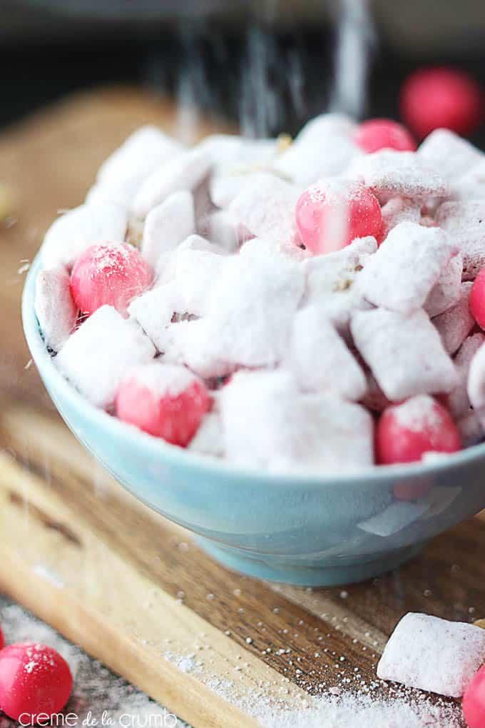 strawberry-cheesecake-muddy-buddies-2