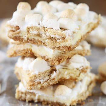 Golden Oreo & Toasted Marshmallow Cheesecake Bars
