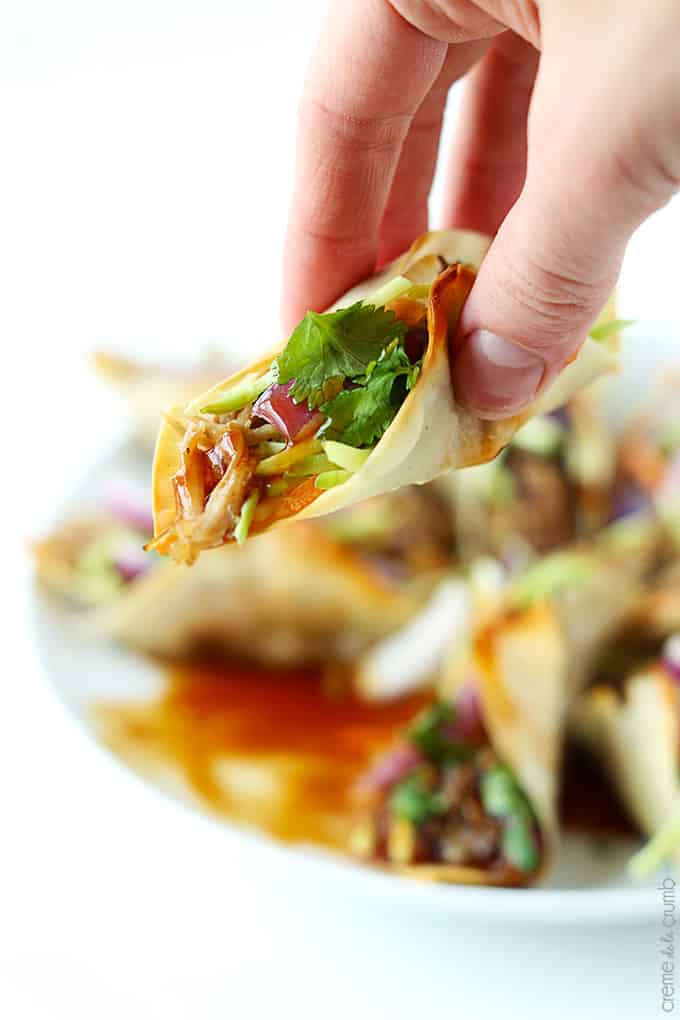 Slow Cooker Hawaiian BBQ Pork Wonton Tacos - Creme De La Crumb