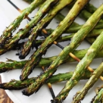 10 Minute Grilled Lemon Asparagus