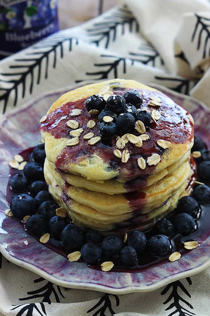 ... the bowl of oatmeal and fix these blueberry OATMEAL pancakes instead
