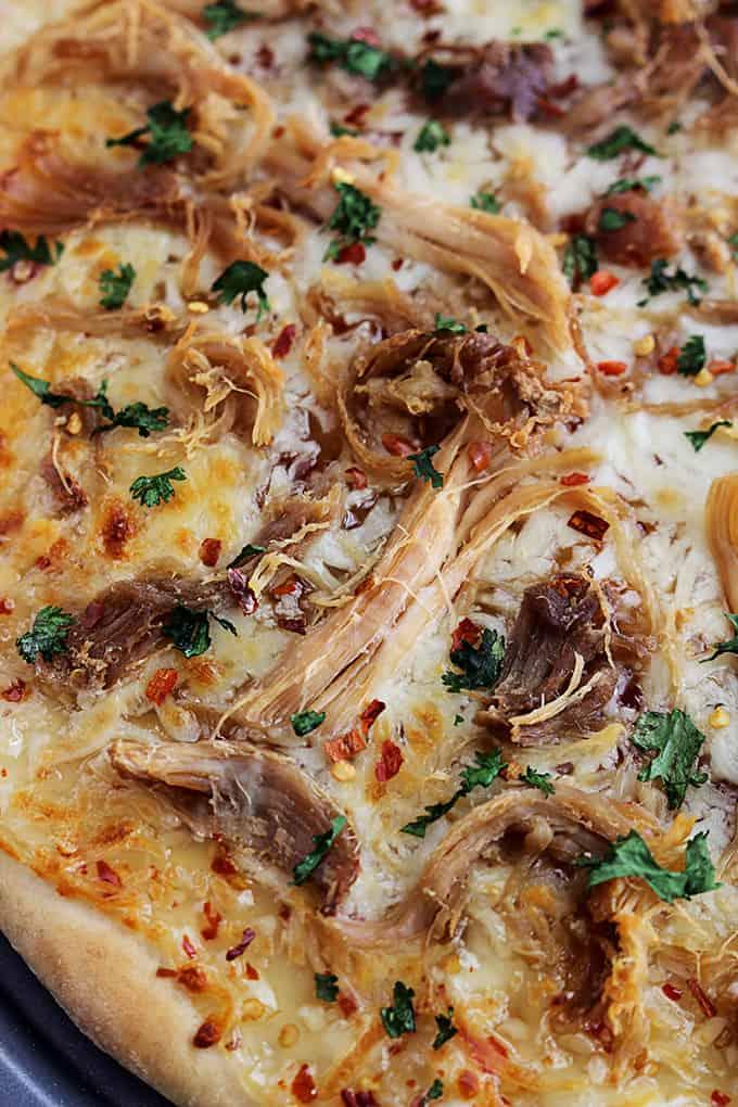 close up of Thai sweet chili pork pizza.