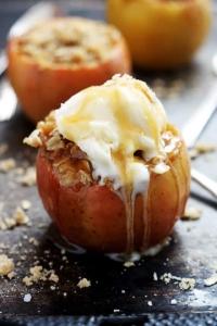 Apple Crisp Stuffed Apples