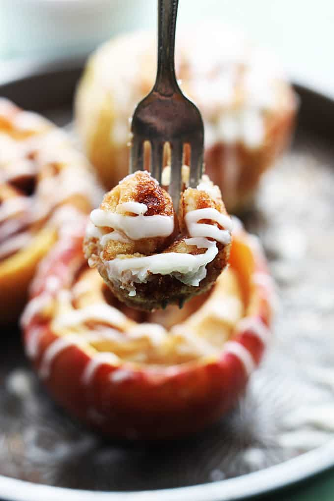 Cinnamon Roll Stuffed Baked Apples