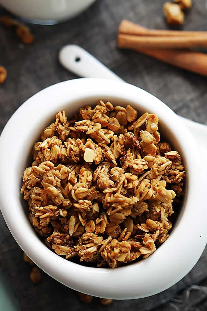 and crunchy homemade cinnamon granola with a hint of pumpkin. Easy ...