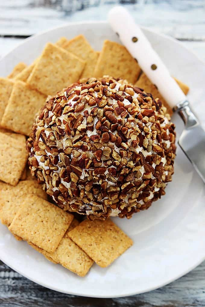 Cranberry Pecan Cheeseball