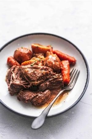 SLOW COOKER BEEF ROAST recipe make extra juicy, tender, and tasty in your crockpot (or pressure cooker)   lecremedelacrumb.com