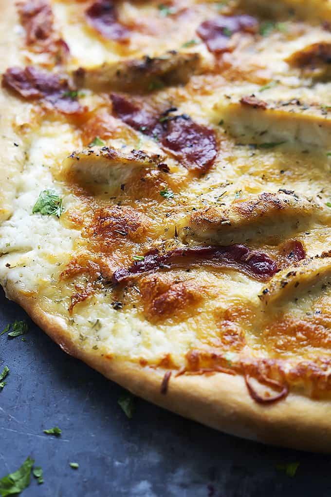 Bacon Chicken Ranch Pizza | Creme de la Crumb