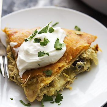 5 Ingredient Chicken Verde Tortilla Pie | Creme de la Crumb