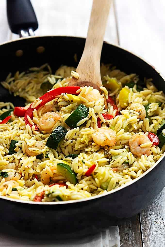 Shrimp veggie orzo with pesto vinaigrette creme de la for O kitchen city of dreams
