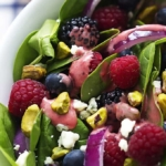 Berry Lover's Spinach Salad with Berry Vinaigrette | Creme de la Crumb