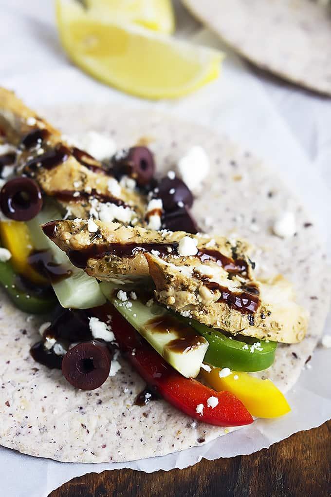 Greek Chicken Tacos | Creme de la Crumb