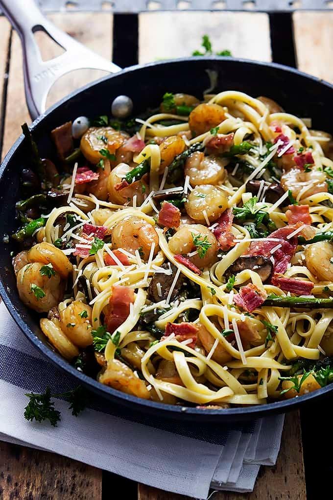 Shrimp Asparagus Carbonara | Creme de la Crumb