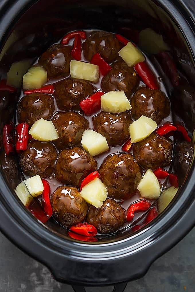 Slow Cooker Sweet & Sour Meatballs | lecremedelacrumb.com