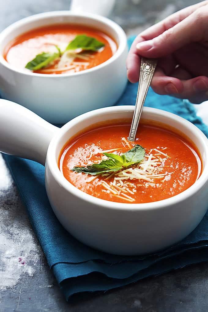 Roasted Red Pepper Soup | Creme de la Crumb
