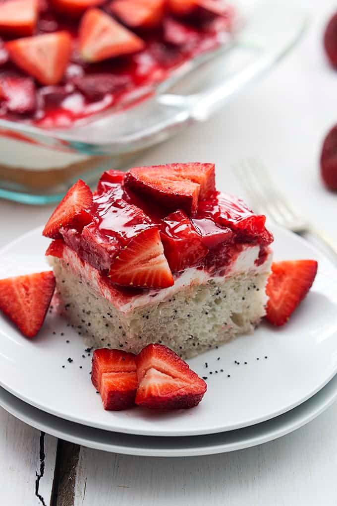 Strawberry Poppyseed Cake | Creme de la Crumb