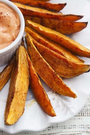 Spicy Baked Sweet Potato Wedges   Creme de la Crumb