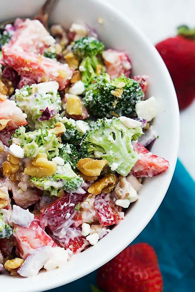 Strawberry Broccoli Salad | Creme de la Crumb