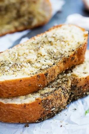 Grilled Garlic Bread | Creme de la Crumb