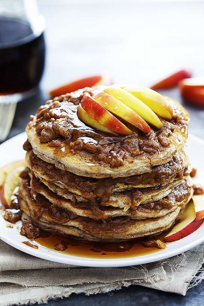 Apple Cinnamon Streusel Pancakes – Perfectly fluffy apple pancakes ...