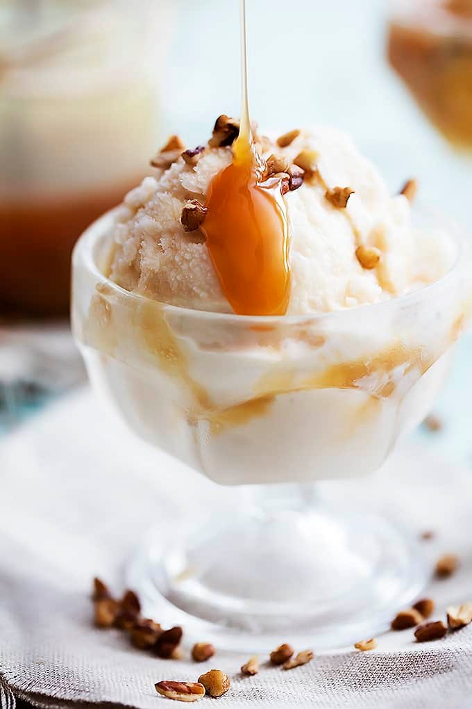 No Churn Salted Caramel Ice Cream | Creme de la Crumb