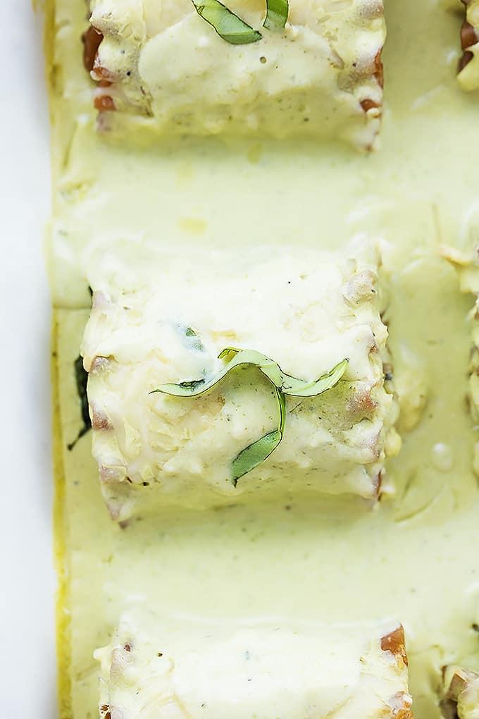 Creamy Pesto Chicken Lasagna Rolls | Creme de la Crumb