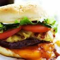 Red Robin Bonzai Burger   Creme de la Crumb