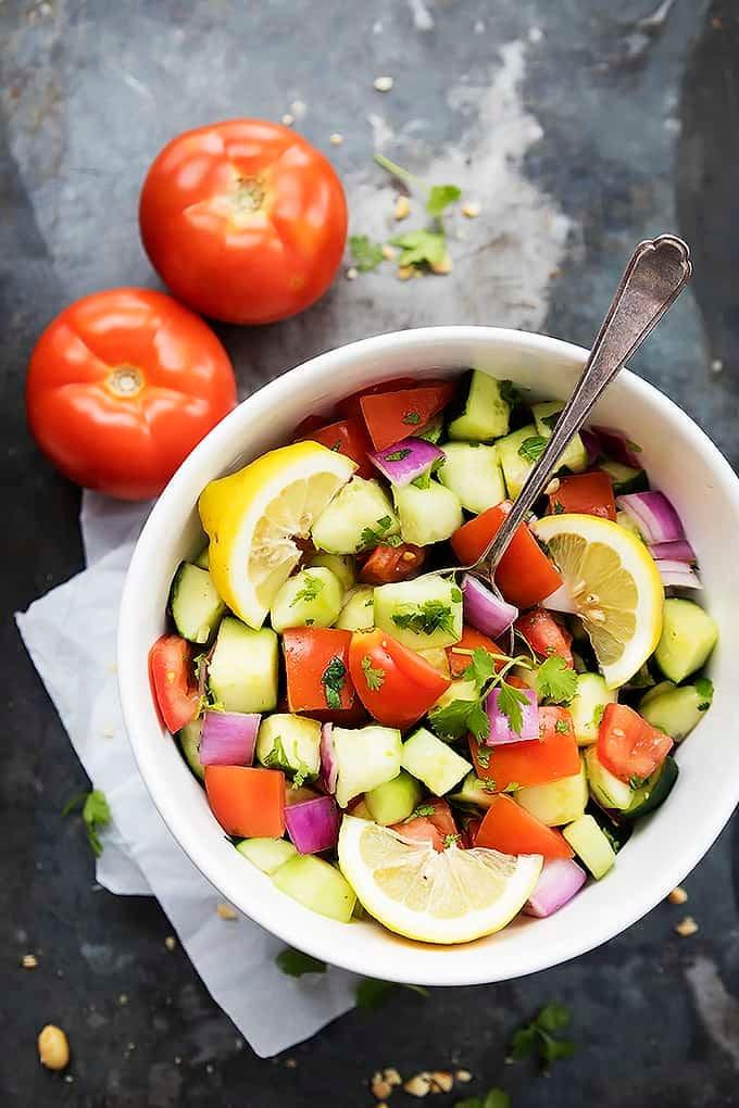 Tomato Cucumber Salad | Creme de la Crumb