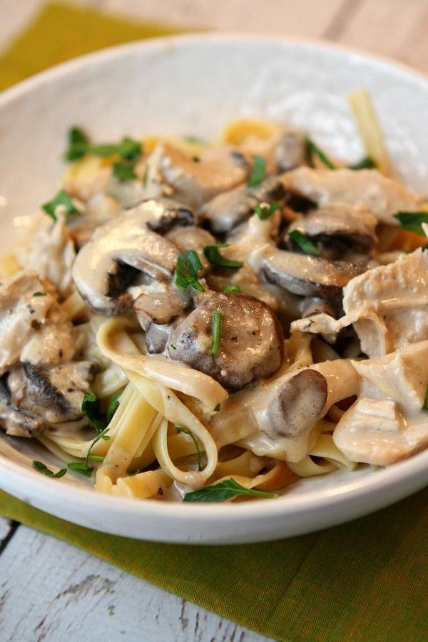 Chicken-and-Mushroom-Fettuccine-Recipe