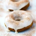 3 Ingredient Baked Pumpkin Donuts | Creme de la Crumb