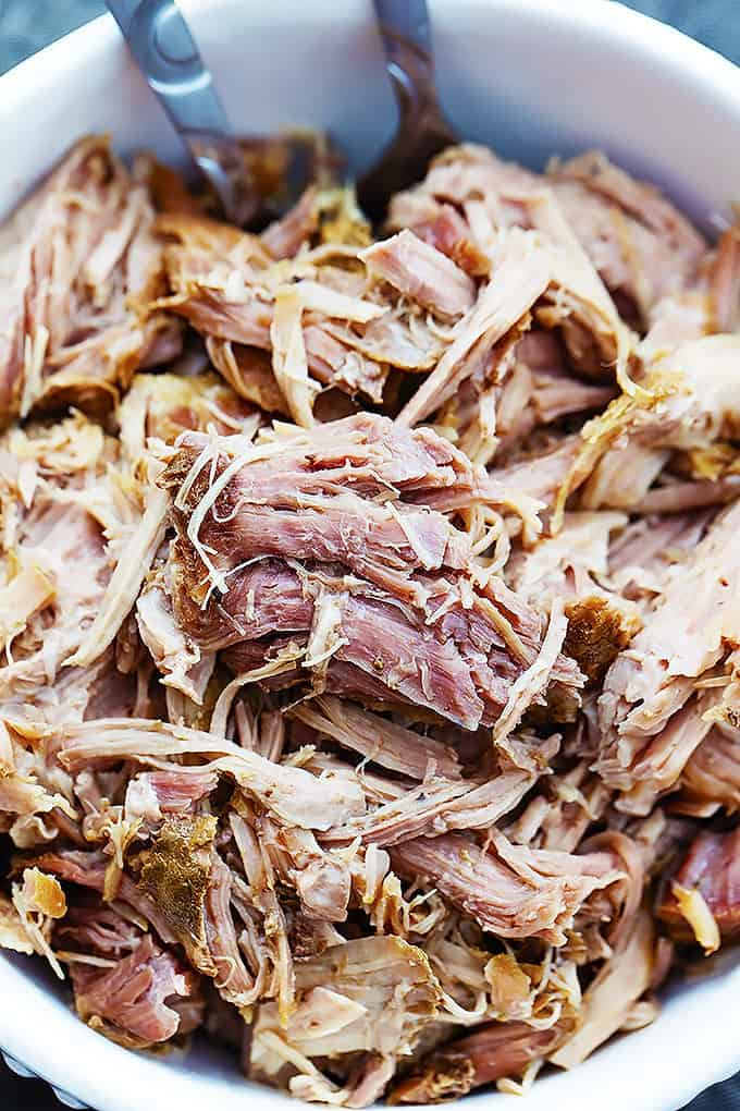 3 Ingredient Slow Cooker Kalua Pork | Creme de la Crumb