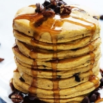 Perfect Pumpkin Chocolate Chip Pancakes | Creme de la Crumb