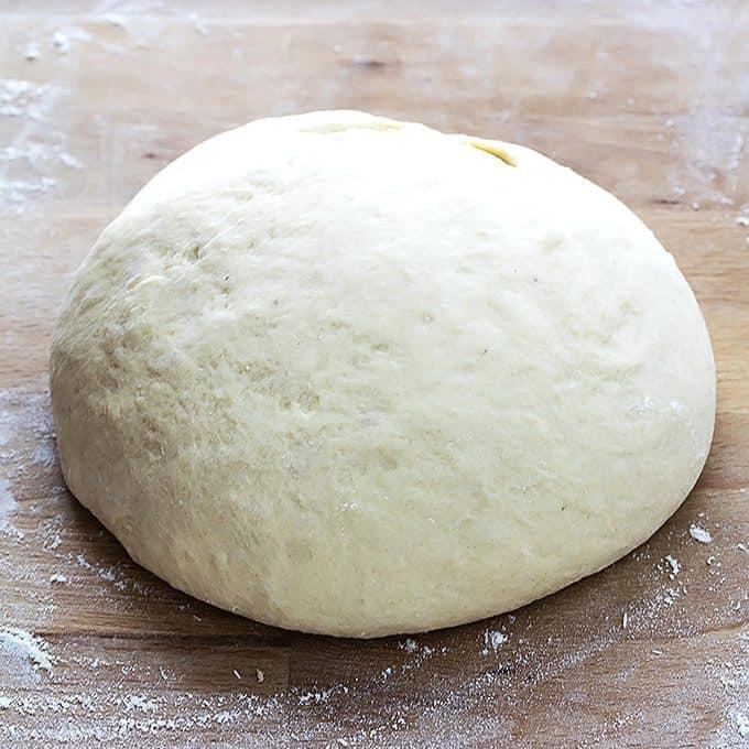 Mashed Potato Cinnamon Rolls | Creme de la Crumb