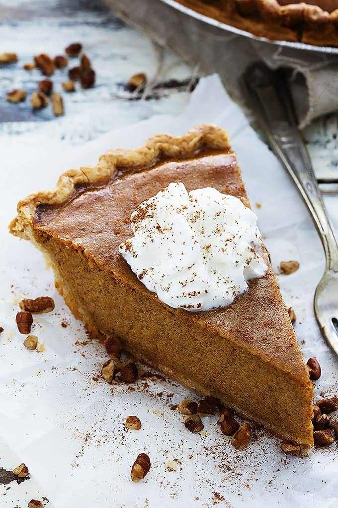Easy Homemade Pumpkin Pie | Creme de la Crumb