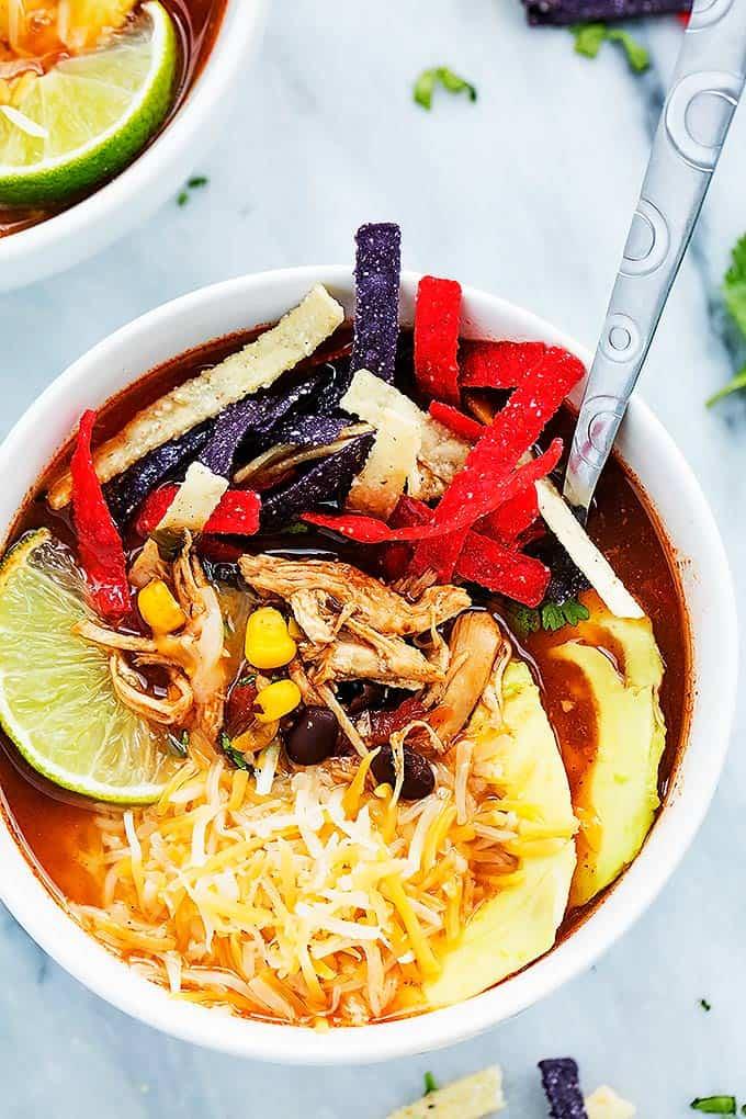 Slow Cooker Chicken Tortilla Soup | Creme de la Crumb
