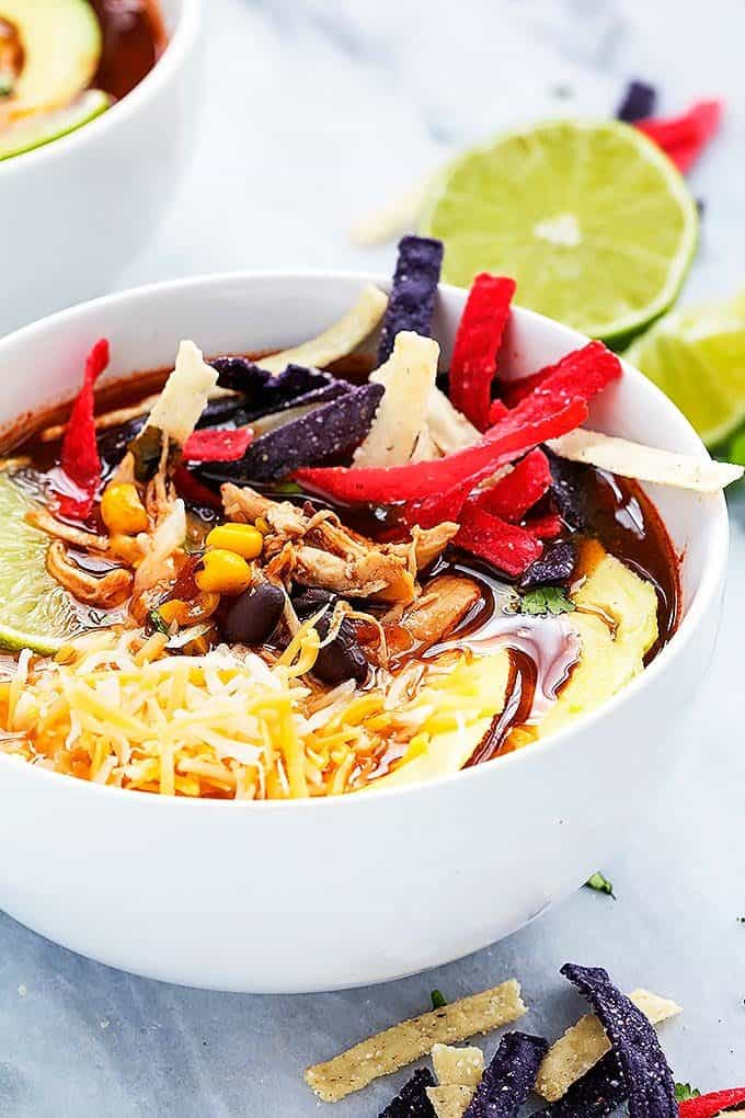 Slow Cooker Chicken Tortilla Soup | Creme de la Crumb