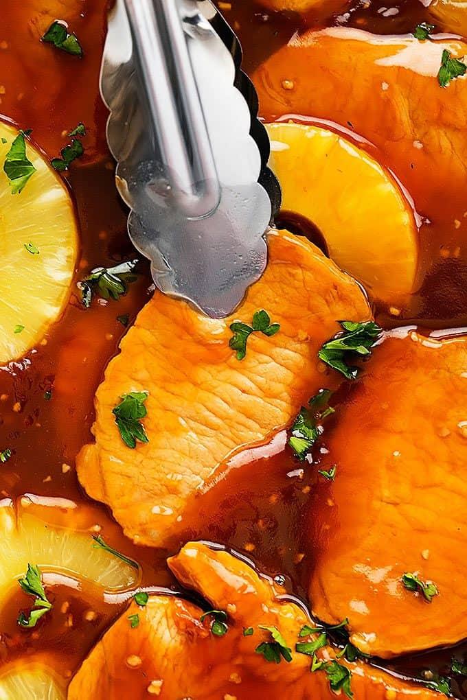 Slow Cooker Hawaiian Pork Chops | Creme de la Crumb