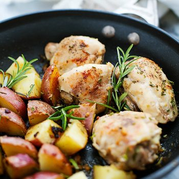 One Pan Rosemary Chicken and Potatoes | Creme de la Crumb