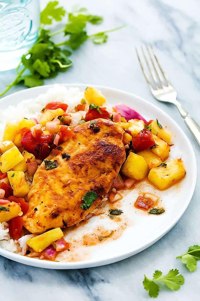 Slow Cooker Pineapple Salsa Chicken (+ video) - Creme De La Crumb