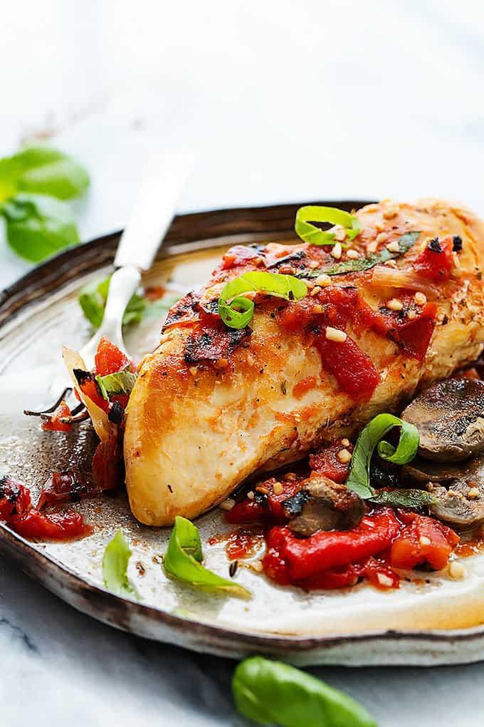 Slow Cooker Tuscan Chicken | Creme de la Crumb