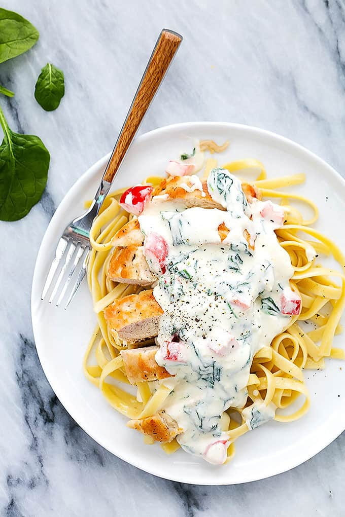 Tuscan Garlic Chicken Fettuccine  | Creme de la Crumb