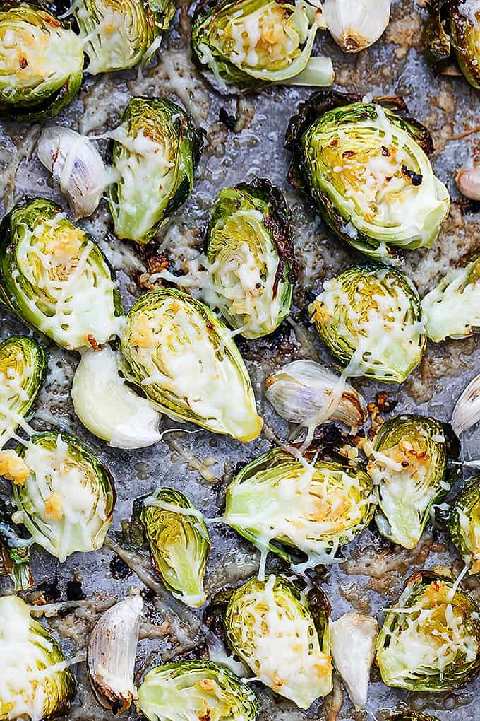 Roasted Garlic Parmesan Brussel Sprouts | Creme de la Crumb
