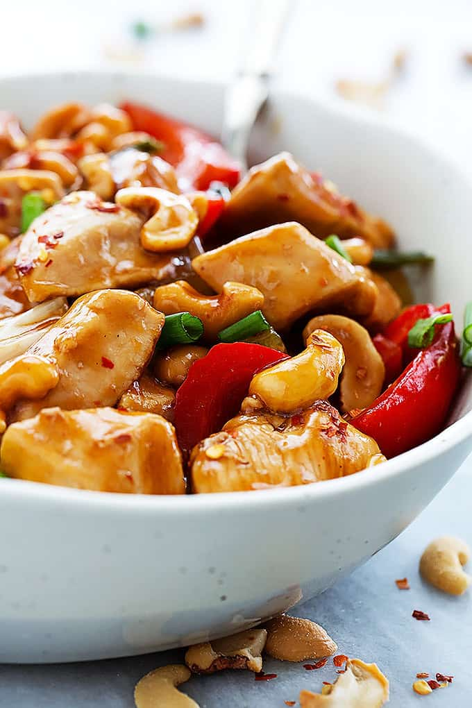 Slow Cooker Spicy Cashew Chicken | Creme de la Crumb