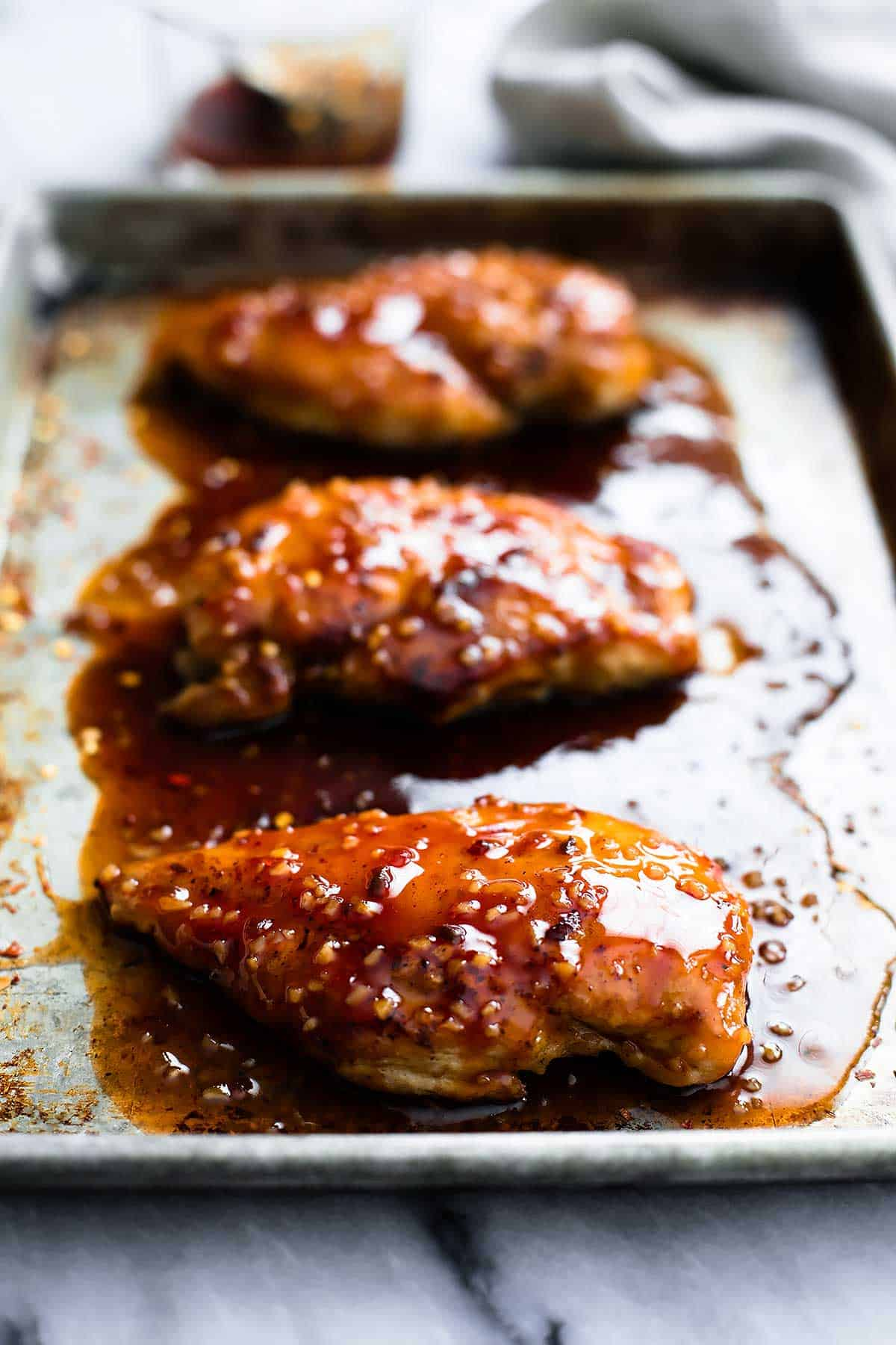 Baked Sweet & Spicy Chicken | Creme de la Crumb