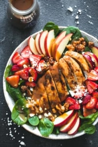 Balsamic Chicken, Strawberry, and Apple Salad | Creme de la Crumb