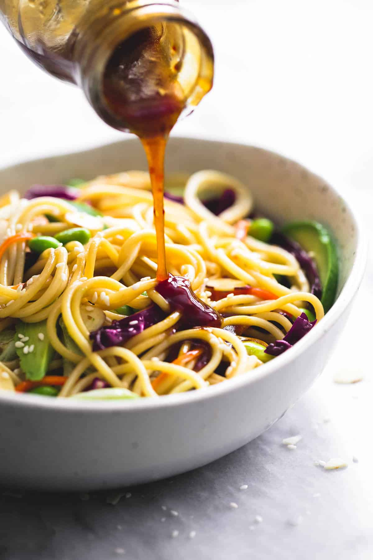 Asian Spaghetti Salad with Sesame Ginger Dressing | lecremedelacrumb.com